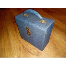 "Blue Retro Record Case Holds 35 7"" VINYL 45s"