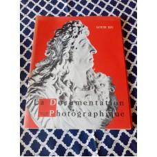 Louis XIV La Documentation Photographique Folder Pictures Documents letters 5-284 5-285
